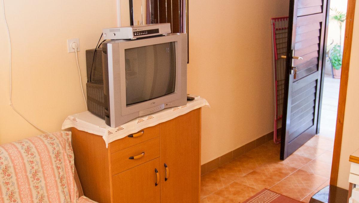 apartment09