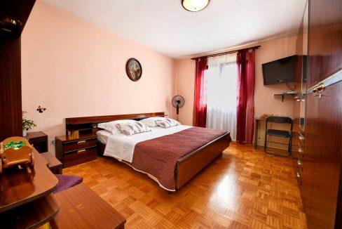 rooms m-006
