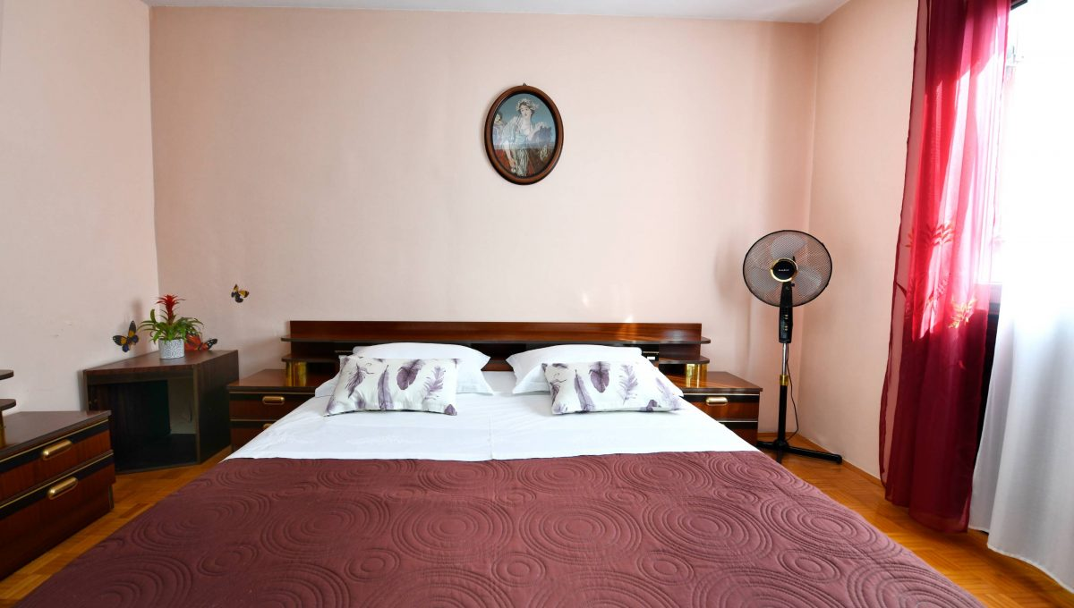rooms m-007