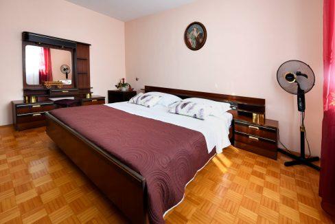 rooms m-008