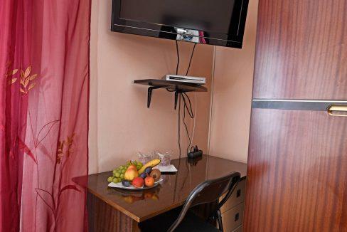 rooms m-013