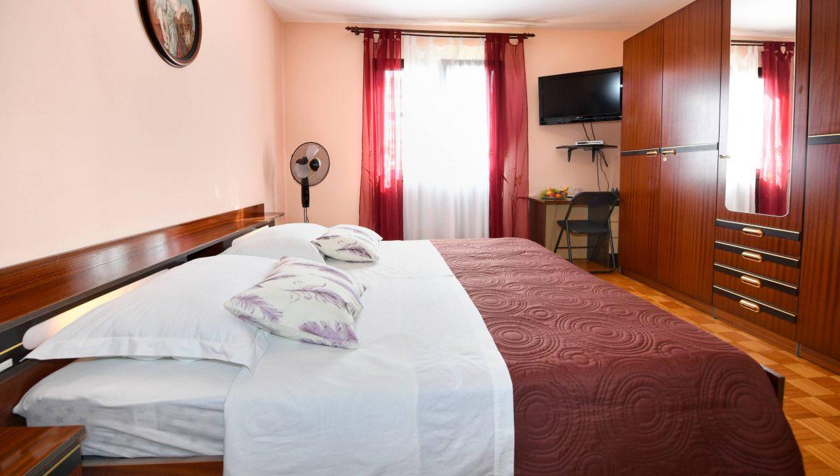 rooms m-014